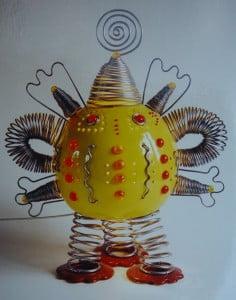 Sculpture émail jaune, verre rouge et arange
