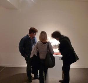 Un soir dans une galerie d'art